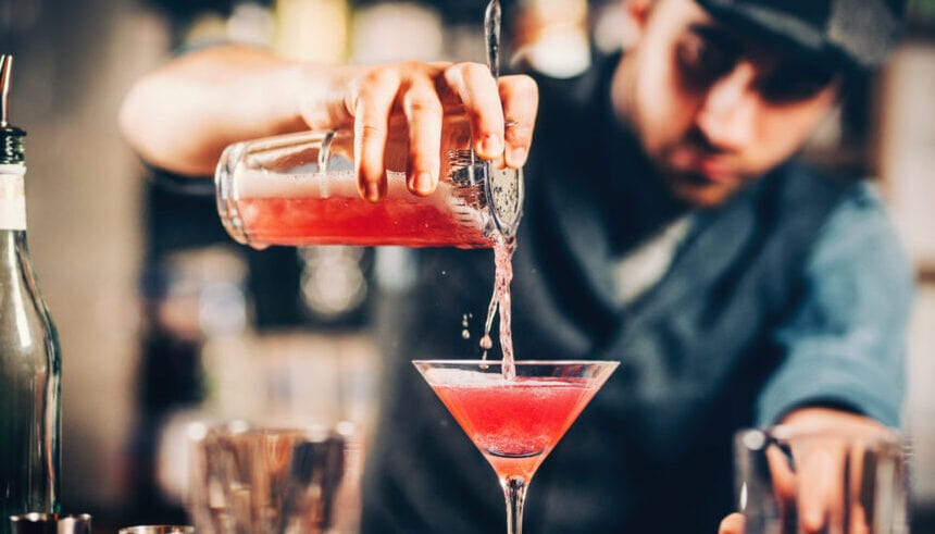 hire a cocktail bartender Toronto